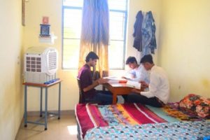 hostelroom-300x200